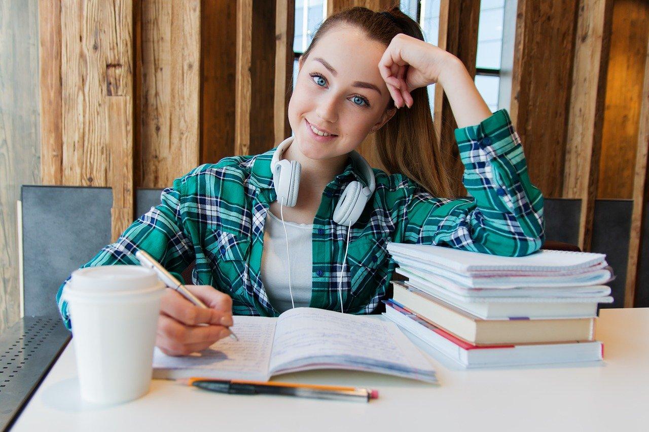 Une étudiante en bachelor international